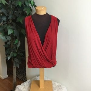 .⭐️ Forever 21 red size small open front Tank